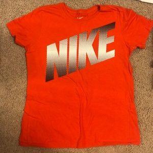 Women's Nike T shirt